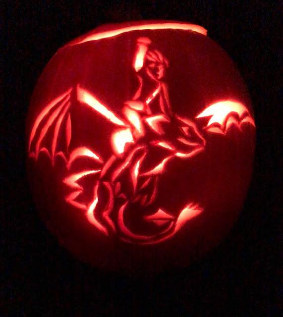 How to train your dragon pumpkin, carved pumpkin, Chez Maximka