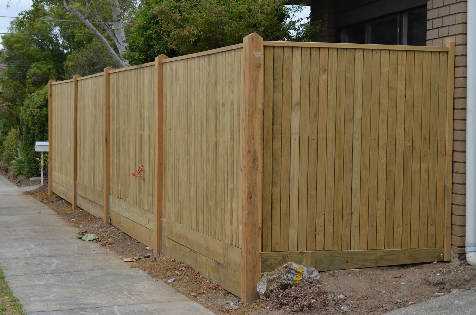 Ironman Fencing Treated Pine Picket Fence