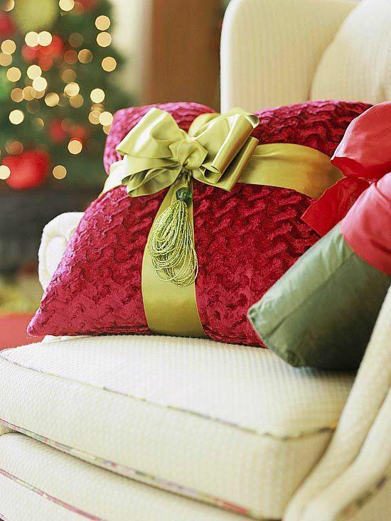 Decoraci n de cojines navide os 2015 decoraci n del hogar dise o de interiores c mo decorar - Diseno de cojines para sala ...