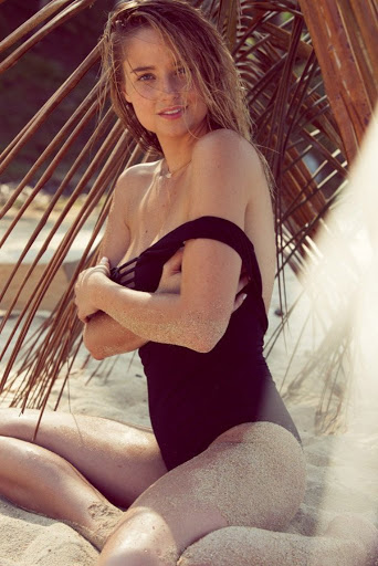 Genevieve Morton hot in sexy bikini swimwear photo shoot for Esquire Mexico magazine