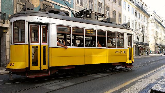 El travía es el medio más cómodo para conocer Lisboa