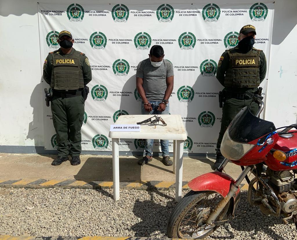 hoyennoticia.com, Andaba armado en la 'zona rosa' de Uribia