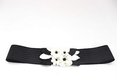 2019 Blanco y Negro 01 Cinturon