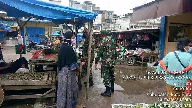 Pengamanan Penegakan Disiplin Mandiri Covid-19 di Pasar Delima Indrapura Oleh Personel Jajaran Kodim 0208/Asahan