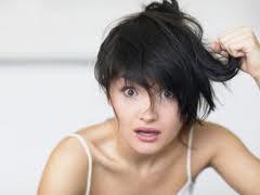 Terbaru Survei 93 Persen Perempuan Benci Rambutnya Sendiri
