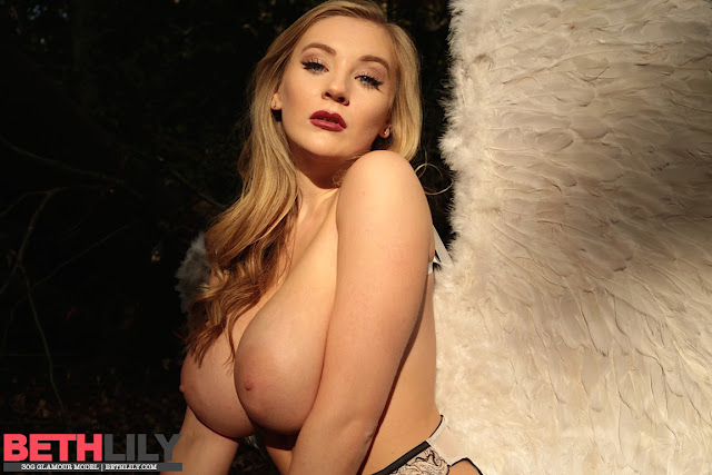 Beth lily big boobs naked