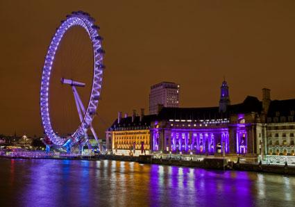 London Eye Illuminated At Night
