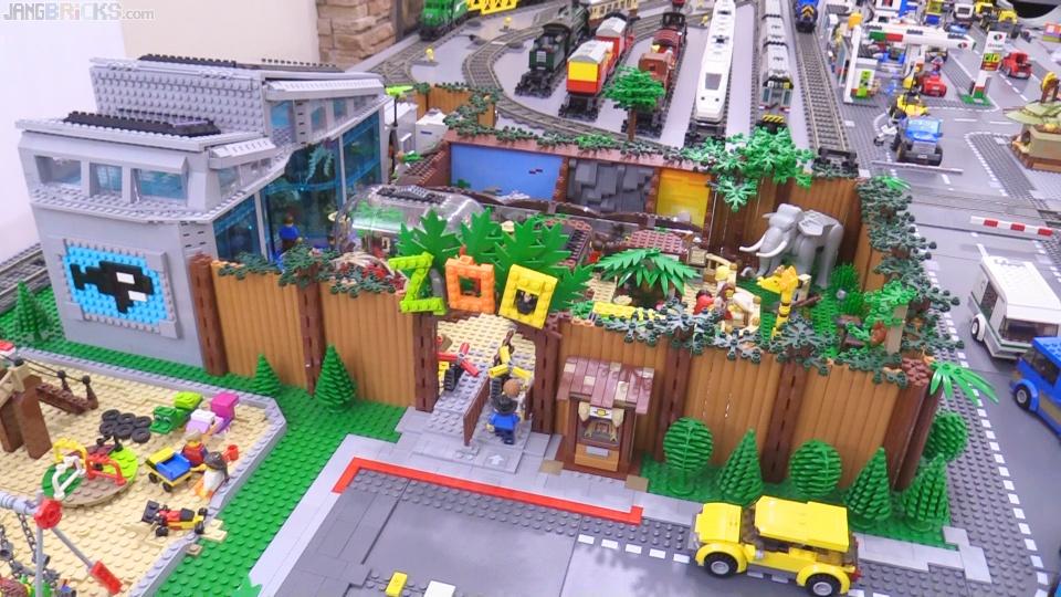 Custom LEGO Zoo MOC updates