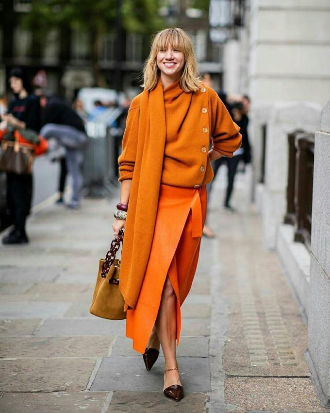 Looks com cor laranja