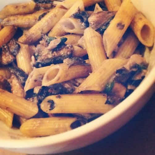 Gluten Free Creamy Chicken and Mushroom Pasta Recipe - low fat, healthy, clean eating friendly