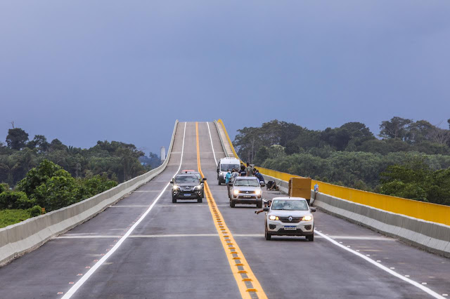 Bolsonaro chega às 10h30 na ponte do Rio Madeira; cerimonial recomenda não levar crianças