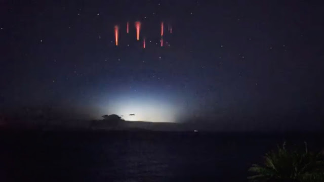 ¿Qué son esas chispas rojas?: Un raro fenómeno espacial deja boquiabierto a un astrónomo
