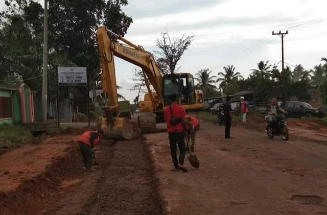 Perbaikan Jalan Terminal Air Sebakul Dimulai