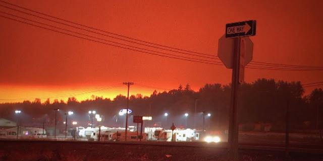 ΗΠΑ: «Κόλαση» φωτιάς στο Όρεγκον  - Δεκάδες χιλιάδες πολίτες εγκαταλείπουν τα σπίτια τους - Φόβοι για πολλούς νεκρούς