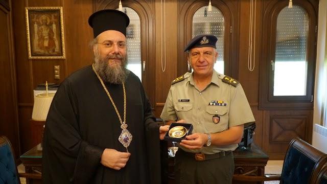 Ο νέος Διοικητής της ΣΜΥ επισκέφτηκε τον Μητροπολίτη Τρίκκης (ΦΩΤΟ)
