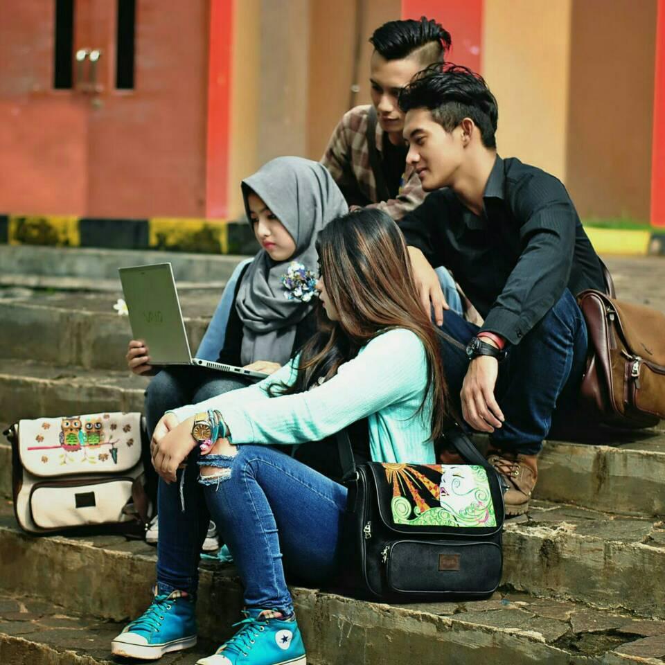 "Tas Wanita Selempang/Kuliah Cewek/Tablet 10""/Trojika Fun ..."