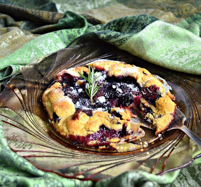 cornmeal crust fruit pie