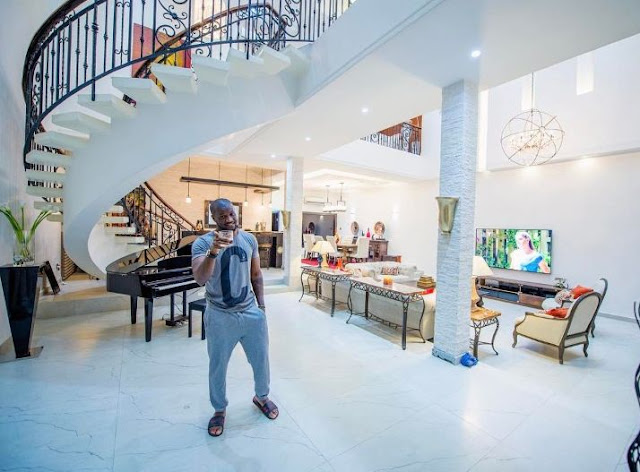Peter okoye shows off his beautiful sitting room for Beautiful sitting rooms