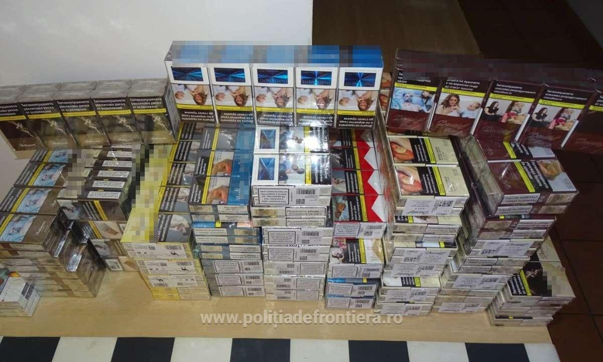 510 de țigarete, ascunse într-un microbuz, descoperite la P.T.F. Calafat
