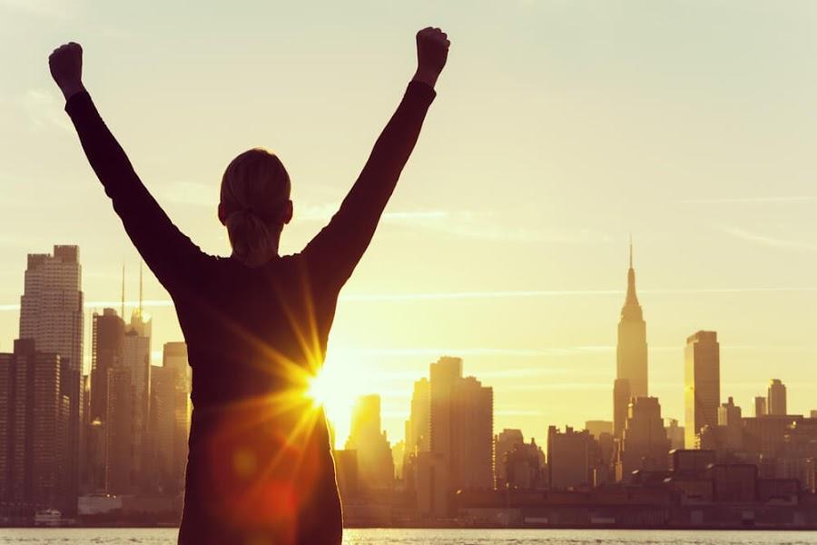 éxito obtener lo que deseo.Felicidad, disfrutar de lo obtenido