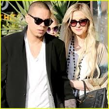 Evan Ross & Ashlee Simpson Expecting Their First Child