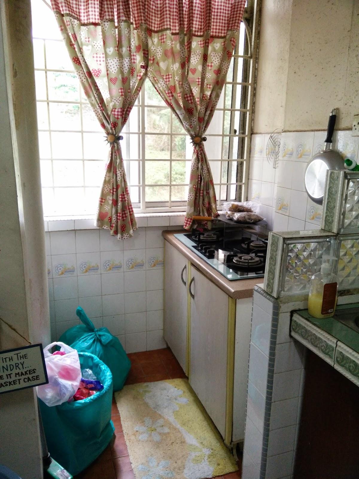 Dapur Memasak Lama Sebelum Renovation