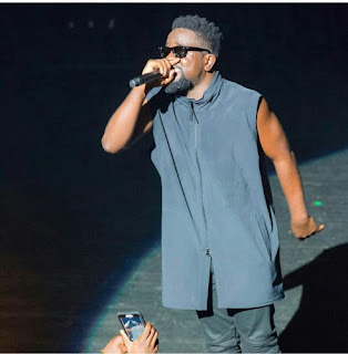 LYRICS : Sarkodie - A Mans World