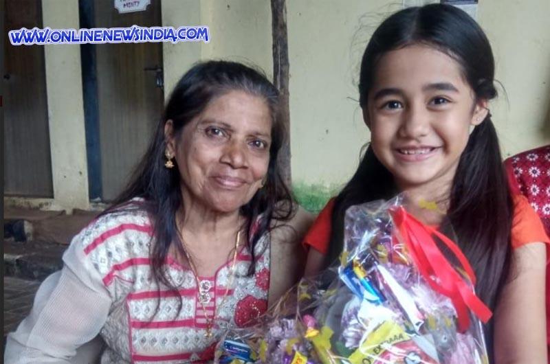 72 year old fan Elizabeth with Aakriti Sharma as Kullfi
