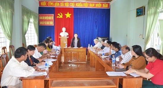 Đồng chí Trần Thị Nga, Phó Chủ tịch UBND tỉnh kiểm tra tình hình triển khai công tác phòng chống dịch bệnh bạch hầu tại huyện Đăk Tô, Đăk Hà và Tu Mơ Rông