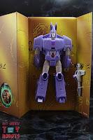 Transformers Kingdom Cyclonus Box 05