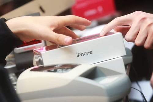 IPhone sales are stable amid declining phone sales