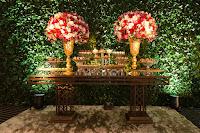 formatura em medicina pela ufcspa com recepção no pool bar do hotel sheraton em porto alegre com decoração elegante luxuosa sofisticada e clássica em marsala e dourado por fernanda dutra cerimonialista em porto alegre