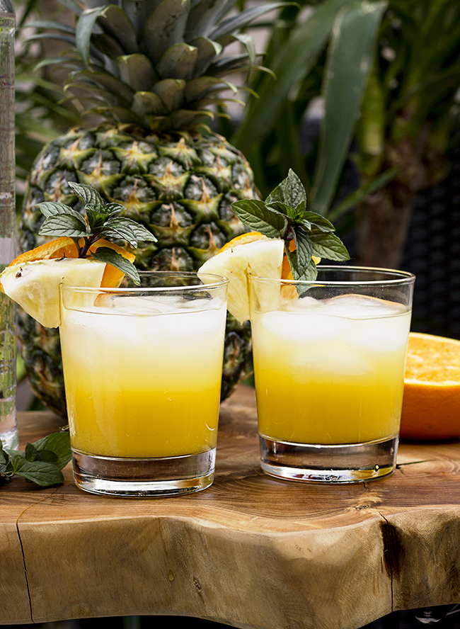 Orange Pineapple Summer Cocktail Spritzers