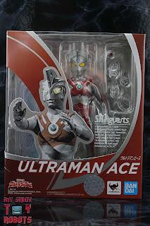 S.H. Figuarts Ultraman Ace Box 01