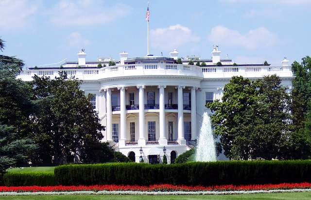 politics blogger political blog white house trading policies us uk economy