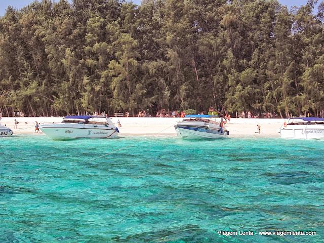 Bamboo Island: areias branquíssimas, a caminho de Koh Phi Phi