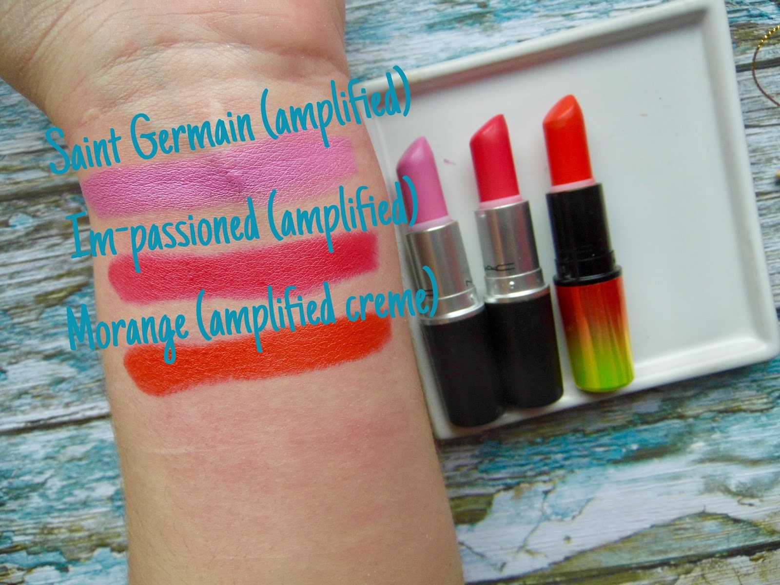 MAC Swatches Lipstick impassioned, saint germain, morange