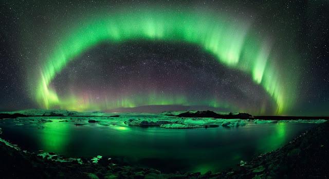 غاز الشفق القطبي أورورا (Aurora)