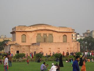 Diwan-I-Alam & Hammam Khana