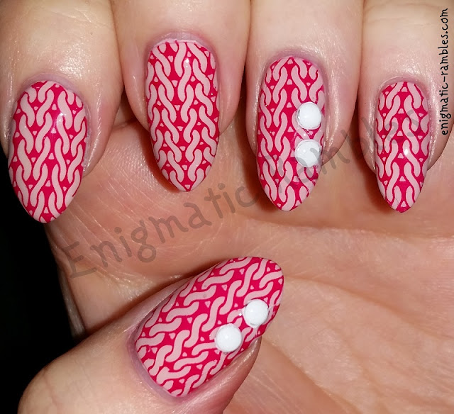 Pink-Knit-Knitted-Nails-Nail-Art-Sweater-Jumper