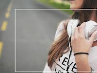 Perbedaan Headphone Earphone Headset Handsfree