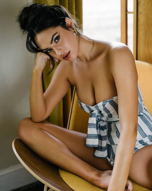 Christen Harper nude