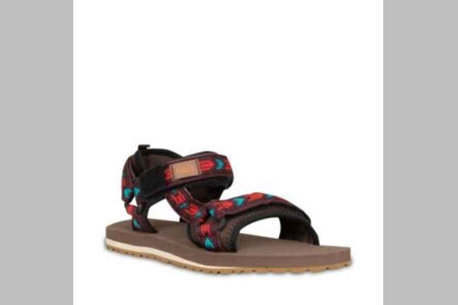 sandal gunung wanita merk eiger