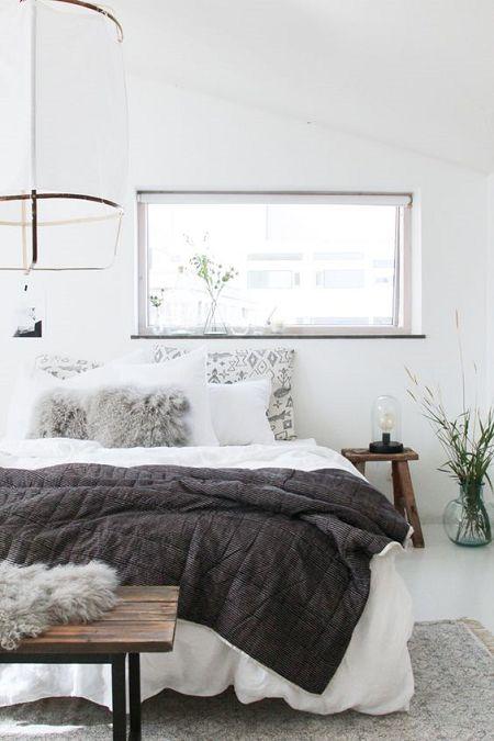 claves para decorar habitación de alquiler con lámparas