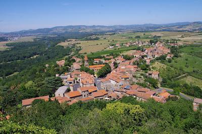 Le village de Nonette dans le Puy-de-Dôme.