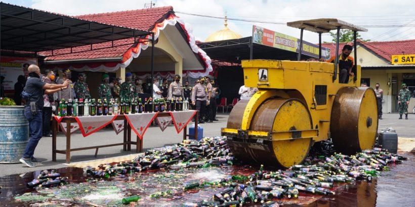 Polres Purbalingga Musnahkan 3.629 Botol Miras Hasil Cipta Kondisi
