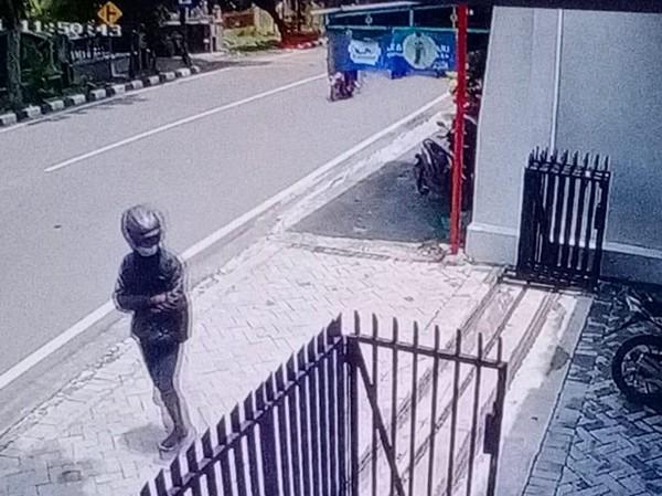 Viral Aksi Pencuri di Solo, Tinggalkan Motor-Foto Copy SIM di TKP