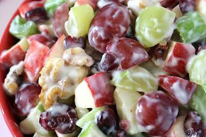 Suka Makan Buah, Kreasikan Dengan Membuat Salad buah yuuk