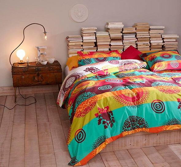 Hiasan Dinding di Atas Tempat Tidur Yang Menarik Desain