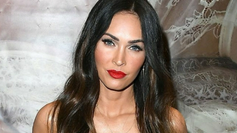 Megan Fox describes bikini dancing for 15-year-old Michael Bay in a revived clip